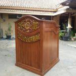 Podium Ukir Jepara Minimalis Masjid Kanigoro