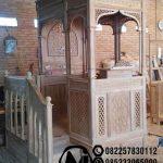 Mimbar Jati Ornamen Ukiran Masjid Kota Tapin