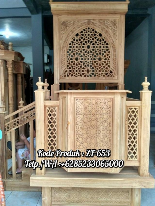 Mimbar Jepara Ornamen Marocco Masjid Agung Lombok Barat